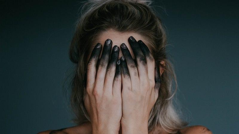 burnout-foto-unsplash-com-jacqueline-day